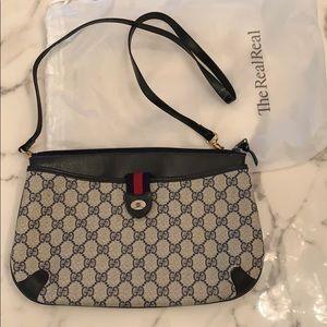 Vintage Gucci cross over bag